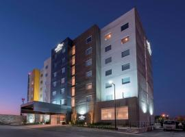 Microtel Inn & Suites by Wyndham, hotel in San Luis Potosí
