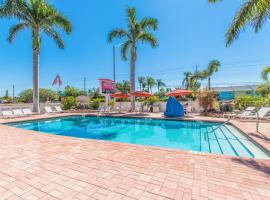 Hibiscus Suites - Sarasota, motel in Sarasota