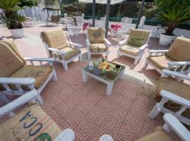 Hotel Umberto, hotell i Santa Domenica