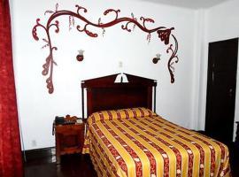 Hotel Colonial, hotel in Manzanillo