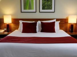 Best Western Ship Hotel, hotel near Thorpe Park, Weybridge