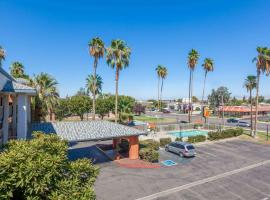 Super 8 by Wyndham Bakersfield/Central, hotel v destinaci Bakersfield