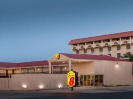 Super 8 by Wyndham Lubbock Civic Center North, motel in Lubbock
