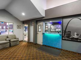 Super 8 by Wyndham Belleville St. Louis Area, hotel near MidAmerica St. Louis/Scott Air Force Base - BLV, Belleville