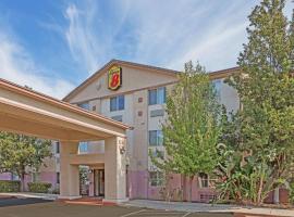 Super 8 by Wyndham Dixon/UC Davis, hotel in Dixon