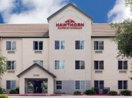 Hawthorn Suites by Wyndham Rancho Cordova/Folsom, hotel in Rancho Cordova
