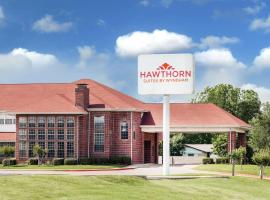 Hawthorn Suites Irving DFW South, hotel in Irving