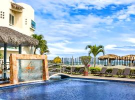 Artisan Family Hotels and Resort Collection Playa Esmeralda, boutique hotel in Chachalacas