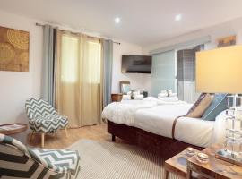 La Villa Des Sens, hotel near Montpellier Sud de France TGV Train Station, Lattes