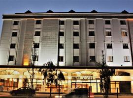 فندق غراند فافيز، فندق في طرابزون