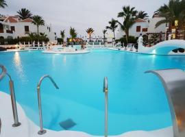 parque santiago 3 duplex, hotel near Piramide de Arona Convention Centre, Playa de las Americas