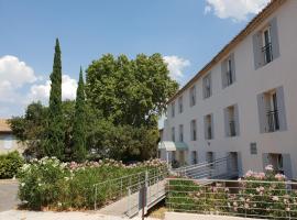 Brit Hotel du Moulin de la Pioline - La Table à Fromages, hotel in Aix-en-Provence