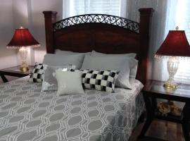 AWorldAway! Casual Elegance by the Beach., hotel near Port of Galveston, Galveston