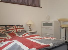 The Heart Of Stratford..!, hotel in London