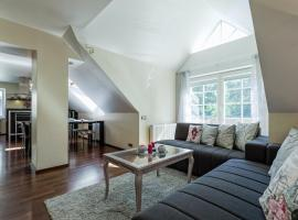 Lovely spacious apartment in the city center, apartment in Kuressaare
