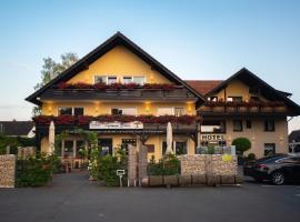 Hotel Garni Zum Grünen Baum, hotel near Fair Bielefeld, Hövelhof
