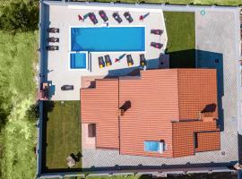 Villa Erica, hotel near Benazic Winery, Pula