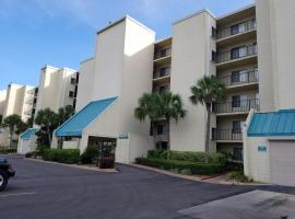 Mariner West Condos, serviced apartment in Panama City Beach