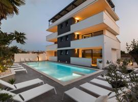 Mirabilis Residence, hotel with pools in Zadar