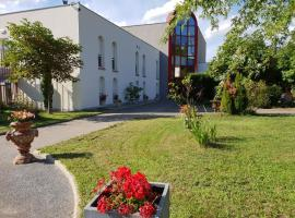 L'Abribis, hôtel à Firminy près de: EMLYON Campus Saint-Etienne