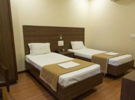 JK Rooms 137 Annexe -Opp. Airport, family hotel in Nagpur