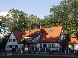 Leśniczówka Nibork, hotel with pools in Nidzica