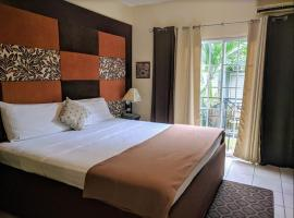 Christar Villas Hotel, hotel in Kingston