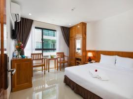 Royal Hotel Nha Trang, hotel near Xom Moi Market, Nha Trang