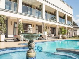 Gardenia Boutique Hotel, hotel near Huddle Park Golf & Recreation, Johannesburg