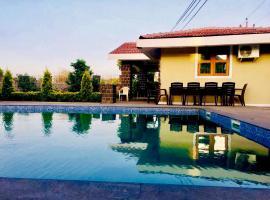 Taraangan Farm, hotel with pools in Lonavala