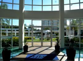 PACIFIC - PRAIA DO FORTE, hotel near Brava beach, Cabo Frio