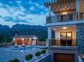 Villa Grandioza, hotel in Seline