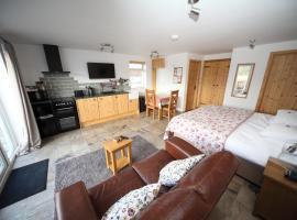 Lynton Lodge Studios, cabin in Keswick