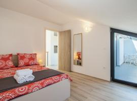 Apartment Aron, self catering accommodation in Medulin
