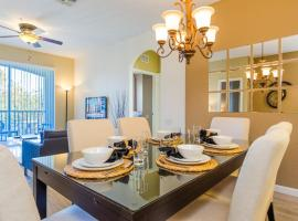 Incredible Condo - Just 2 Miles from Disney #201, apartment in Orlando