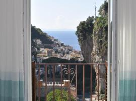 Via Paradiso, hotel with jacuzzis in Amalfi