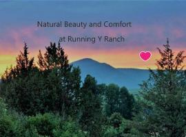 Running Y Ranch Townhouse, hotel in Klamath Falls