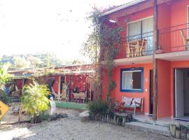 Casa do Artista, apartment in Penedo