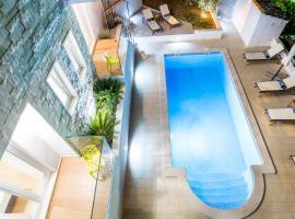 Villa Blanka Bol Brac for 12 ,save 15 percent on Split-villas com, vila v destinaci Bol