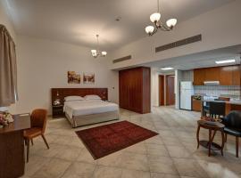 J5 Studio Holiday Homes Uptown Motor City, hotel near Dubai Autodrome, Dubai