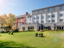 Best Western Plus Pinewood on Wilmslow Hotel Cheshire, hotel near Adlington Hall, Handforth