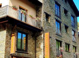 Apartaments Bonet, hotel near La Serra II, Pal