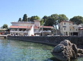 Captain's secret place, pet-friendly hotel in Lovran