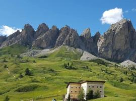 Hotel Cir, hotel in Selva di Val Gardena