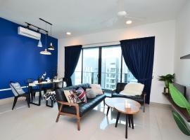 NEW KL PJ @ 5min to MidValley/Sunway 6-8pax, homestay in Kuala Lumpur
