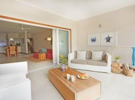 Sables d'Or Luxury Apartments, hotel in Beau Vallon