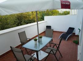 Atico con terraza en Alameda de Hercules, hotel cerca de Isla Mágica, Sevilla