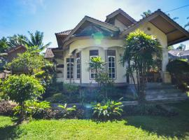 Les Rizieres Lombok, guest house in Tetebatu