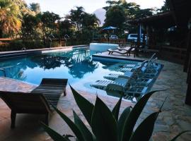 Villa Mia, hotel in Itaipava