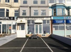 Sandford Promenade, hotel near Sandcastle Waterpark, Blackpool
